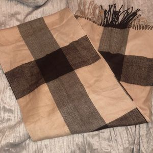 BROWN & TAN 100% CASHMERE SCARF NWOT.